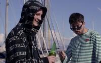 Mami, koukej, jsem frajer! Sensey a Skinny Barber si užívají Itálii v novém klipu