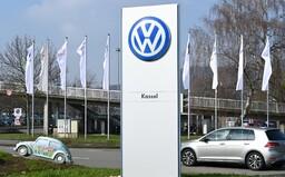 Manažer Volkswagenu si nahrál tajnou schůzku vedení firmy. Policie později našla jeho mrtvolu v ohořelém autě