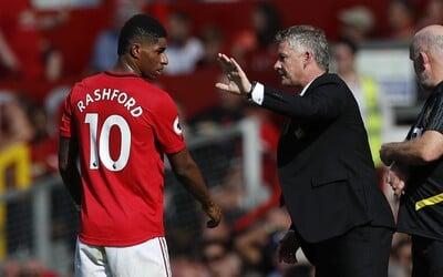 Manchesteru United se opět nepodařilo vyhrát, trenér se vymlouval na míč. Jen si to zkuste, říkal Solskjaer po zápase