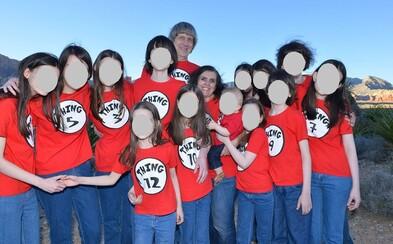 Manželé věznili v domě svých 13 dětí. Některé z nich byly připoutané řetězy k posteli