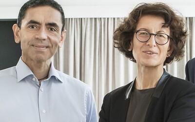 Manželský pár původem z Turecka, který vymyslel vakcínu proti koronaviru, dostal v Německu státní vyznamenání