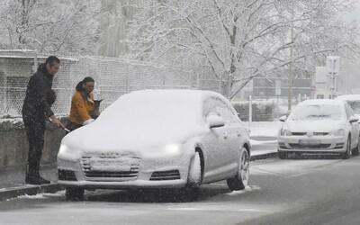 MAPA: Na Slovensku by mohol v noci napadnúť prvý sneh
