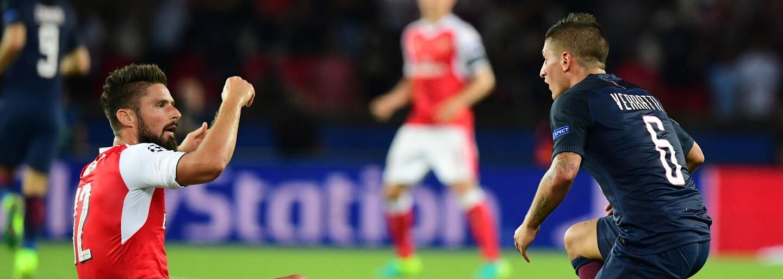 Marco Verratti z PSG je absolútnym majstrom Water Bottle Flip Challenge. Vo včerajšom zápase proti Arsenalu to len potvrdil