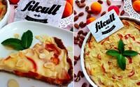 Marhuľovo-pudingový koláč ťa nielenže chuťovo uspokojí, ale aj poriadne osvieži (Recept)