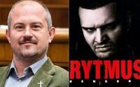 Marian Kotleba vytáhl u soudu o podezřelých šecích CD Rytmus – Bengoro jako důkaz, poukazuje na skladbu Cigánsky sen