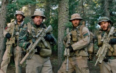 Mark Wahlberg a jeho pôsobivý vojnový film sa nám opäť pripomínajú