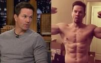 Mark Wahlberg vysvetľoval svoj extrémny denný režim, podľa ktorého sa sprchuje až 90 minút a hodinu stojí v kryokomore