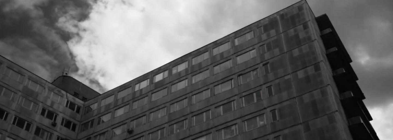 Marko Damian z Comebackgangu sa pripomína atmosférickou skladbou Nóbl s videoklipom z Lodnýna a Bratislavy