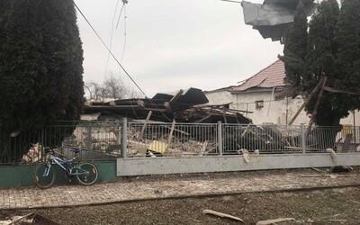 Masivní výbuch totálně zničil dům na východě Slovenska. Z trosek se podařilo zachránit muže