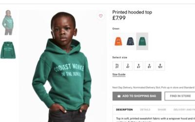 Matka chlapce v kontroverzní H&M mikině lidem vzkazuje, aby to nebrali tak vážně. Celý skandál považuje za zbytečný a nepotřebný