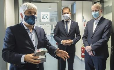 Matovičom skritizovaný vedec Pavol Čekan predstavil svoj prvý test, ktorý rozozná koronavírus od chrípky