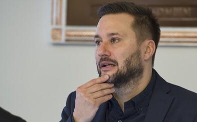 Matúš Vallo prezradil podrobnosti k parkovacej politike Bratislavy. Teraz naňho kričia, že je komunista
