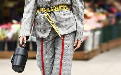 Maxi opasky ovládli dámsku aj pánsku streetovú módu. Jednoduchým doplnkom oživíš zimný kabát i letné šaty
