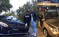 Mayweather kúpil 16-ročnému synovi nový Mercedes. Stál ho viac než 50-tisíc eur a disponuje viac než 300 koňmi
