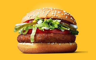 McDonald's představuje veganský burger. Finská pobočka plní sny sójovým masem a zeleninou