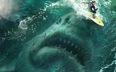 Megalodon si v napínavých ukázkách k Meg pochutnává na turistech a lovcích, kteří ho chtějí zabít