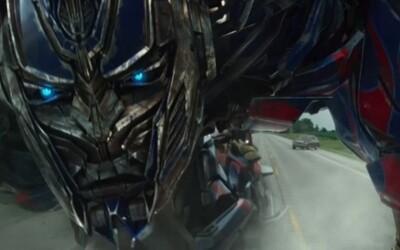 Megalomanskí Transformeri sa konečne predstavujú