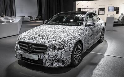 Mercedes odhaľuje tromfy chystanej triedy E. Po vzore S-ka sa pripravte na technologický boom!