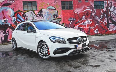 Mercedes-AMG A 45 4Matic: Super-hatch (Test)