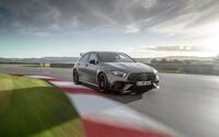Mercedes-AMG odhalil supersporty mezi kompakty. Novinky mají nejsilnější dvoulitr na světě