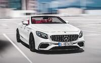 Mercedes-Benz zdokonalil svoje 2-dverové vlajkové lode. Privítajte vynovené S kupé a S kabrio