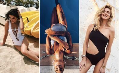 Metalické, vintage či s jedním ramínkem. Jaké plavky budou v kurzu během letní sezóny?