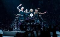 Metallica venovala 70-tisíc € deťom v Česku. Zaplatí im 72 000 obedov