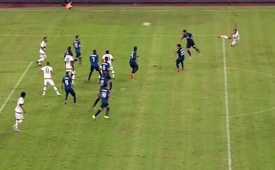 Mexes a jeho senzační akrobatický gól, za který by se nestyděl ani Ibrahimovič