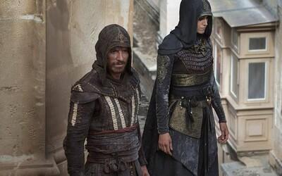 Michael Fassbender je Assassin v debutovém traileru pro akční a parkourový Assassin's Creed