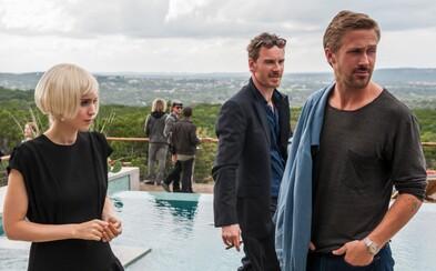 Michael Fassbender, Ryan Gosling, Christian Bale a ďalšie hollywoodske hviezdy lákajú v prvom pohľade na novú drámu Terrenca Malicka
