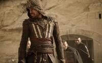 Michael Fassbender tvrdí, že jeho Assassin's Creed neuspěl i kvůli tomu, že se bere až příliš vážně. Souhlasíte?