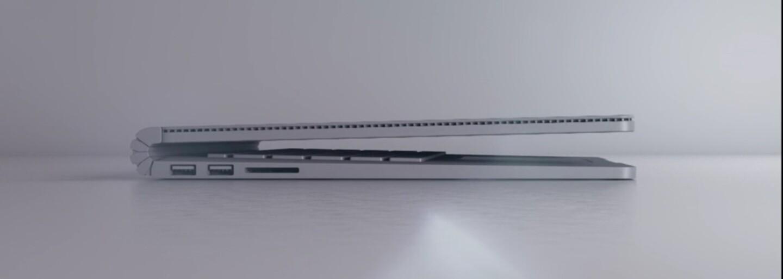 Microsoft představil svůj první notebook, zabijáka Macbooků. S Applem hodlá soupeřit ve velkém
