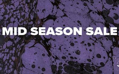 Mid season výpredaj vo Footshope ponúka zľavy až do 60 %. Tieto kúsky sú trefou do čierneho