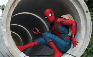 Miestny hrdina Spider-Man sa na radu Tonyho Starka snaží držať viac pri zemi. Ako ale potvrdí aj ďalšia zábavná ukážka, nemusí to byť také ľahké
