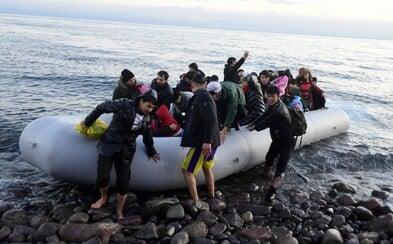 Migranti v řeckých táborech by mohli dostat až 2 000 eur. Pokud se rozhodnou vrátit domů