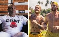 Mike Tyson je otvorený boxerskému duelu s Loganom či Jakom Paulom. To by bolo veľa peňazí, vraví legenda