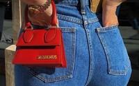 Mikro kabelky: Horúci trend, ktorý si obľúbili aj Kylie Jenner či Dua Lipa