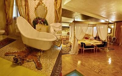Milionárska rodina predáva v Košiciach luxusnú vilu. V kúpeľni nájdeš tigra, v obývačke zlaté kachle a Versace koberce
