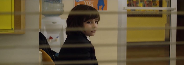 Milujúci rodičia vychovávajú v novej netflixovskej hororovej komédii Little Evil roztomilého malého Antikrista