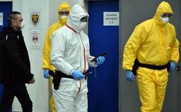 Mimořádné opatření: Kvůli šíření koronaviru platí v Česku od dnešního dne zákaz vývozu respirátorů