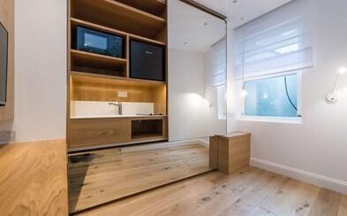 Miniaturní byt v centru Londýna má obytnou plochu pouze 7 metrů čtverečních, ale ročně by tě vyšel na desetitisíce