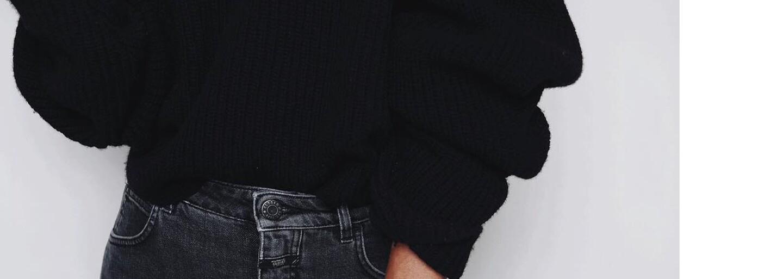 """Minimalistický """"all black"""" štýl ponúka nespočetne veľa moderných možností. Skús kombináciu čiernej s čiernou aj v aktuálnom období"""