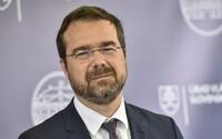 Minister zdravotníctva Krajčí: Pozitívne testovaní by si mali obvolávať svoje kontakty, lebo máme málo hygienikov