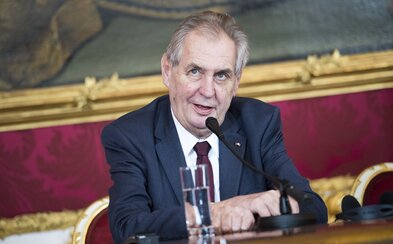 Ministerstvo financí se omluvilo za prezidenta Zemana