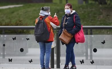 Ministerstvo zdravotnictví nařídilo pobyt na veřejných prostranstvích maximálně ve 2 lidech