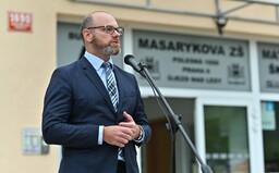 Ministr školství: Školy se po konci nouzového stavu neotevřou.