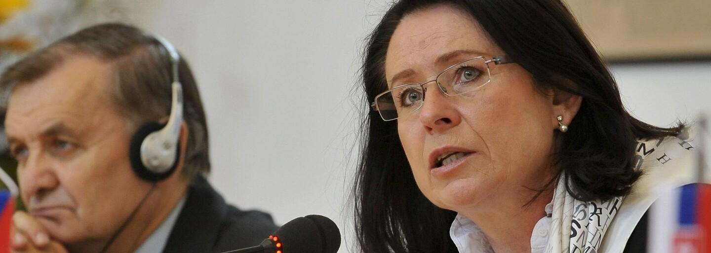 Miroslava Němcová: Zeman by měl abdikovat