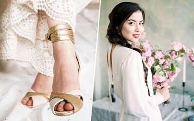 Mladá Slovenka vyrába svadobné šaty z bambusu a ponúka topánky z ananásových listov. V Bratislave si otvorila ateliér