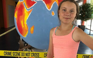 Mladá švédska aktivistka Greta niektorých novinárov vyhodila zo sály. Nepáči sa jej, ako média informujú o klimatickom kongrese