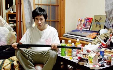 Mladí Japonci, kteří kvůli strachu z neúspěchu několik let nevylezli ze svého pokoje. Seznamte se s hikikomori
